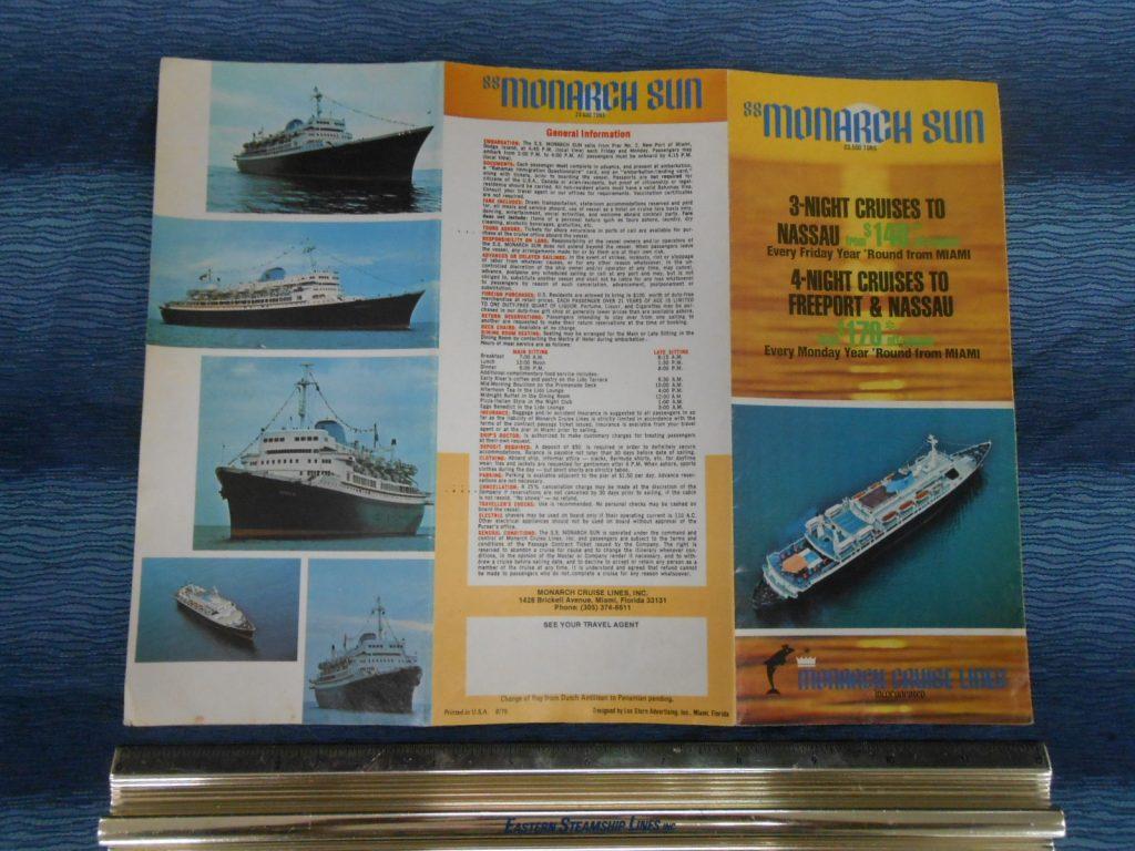 Modern Cruises The Grand Liner Lounge - Cruise ship brochure